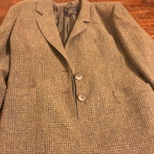 Authentic Burberry men's suit jacket/blazer